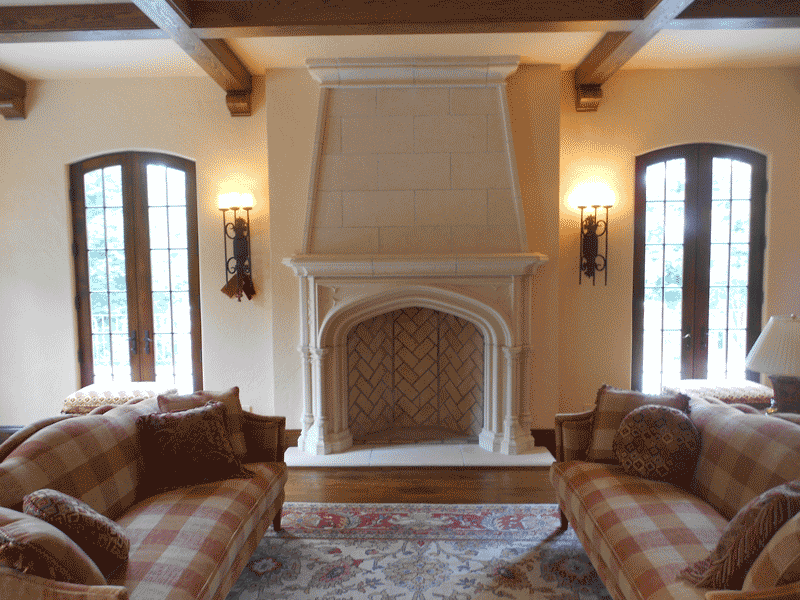 Greatroom - fireplace and mantel.